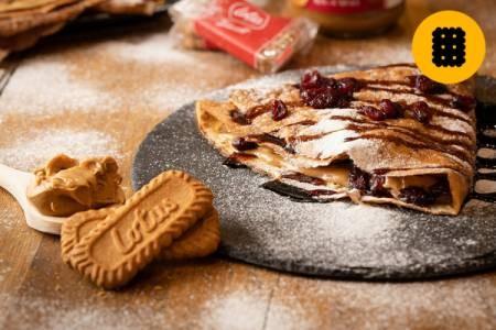 Clătită cu cremă de biscuiți Speculoos și merișoare